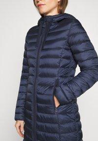 Marc O'Polo - COAT SHAPED FIT ZIPPER POCKETS FIX HOOD - Classic coat - dark night - 7
