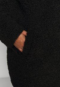 Noisy May Petite - NMGABI JACKET - Classic coat - black - 5