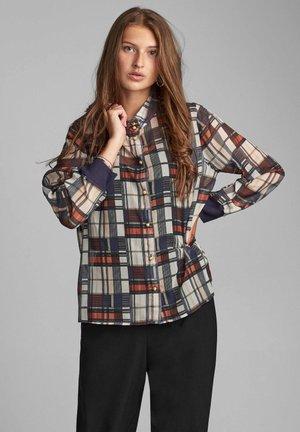 NUBELVA - Button-down blouse - moonlit