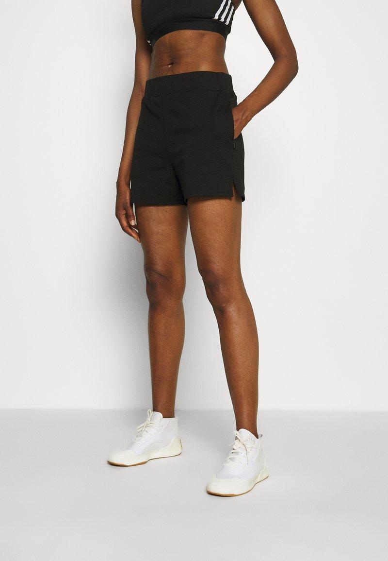Cotton On Body - POST SHORT - Korte broeken - black