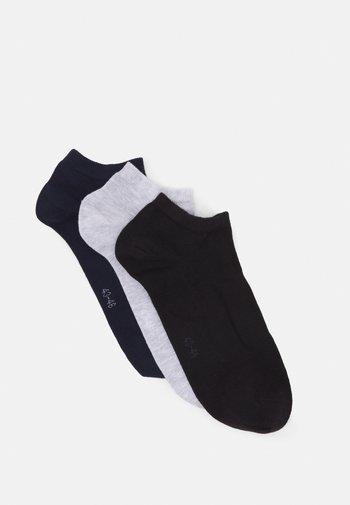 SOLID ESSENTIAL STEP SOCK 3 PACK - Socks - black