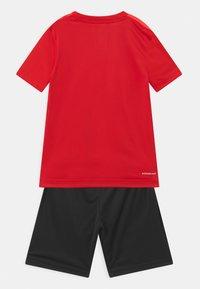adidas Performance - SET UNISEX - Sports shorts - scarlet/solar red/black - 1
