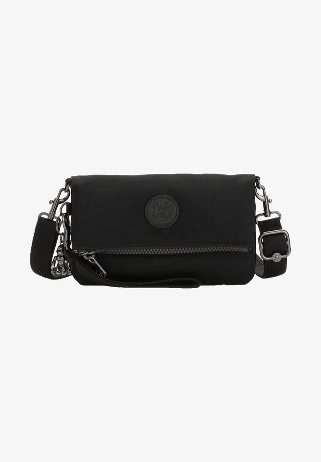 LYNNE - Bæltetasker - black