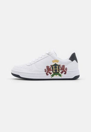 BASKET CUPSOLE - Baskets basses - white