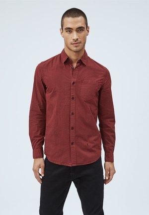 EPSOM - Shirt - garnet