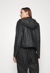 Hunter ORIGINAL - ORIGINAL CROP SMOCK - Summer jacket - black - 2