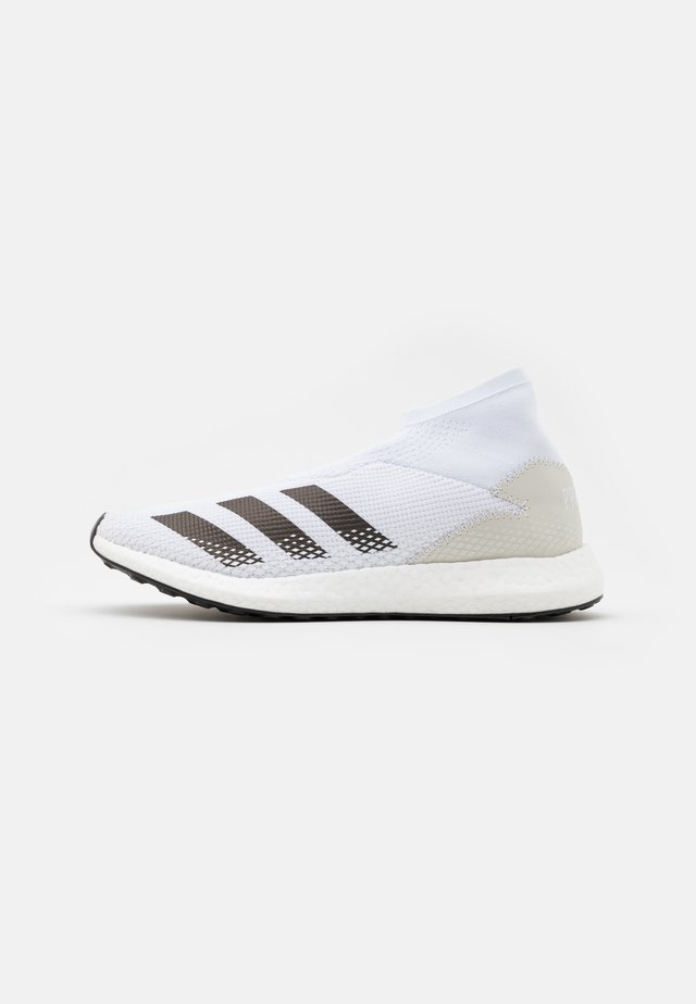 PREDATOR 20.1 FOOTBALL STREET SHOES - Sports shoes - footwear white/core black/gold metallic