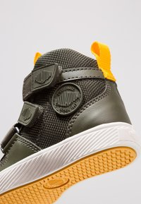 Palladium - PALLASTREET MID - High-top trainers - olive night/gold - 2