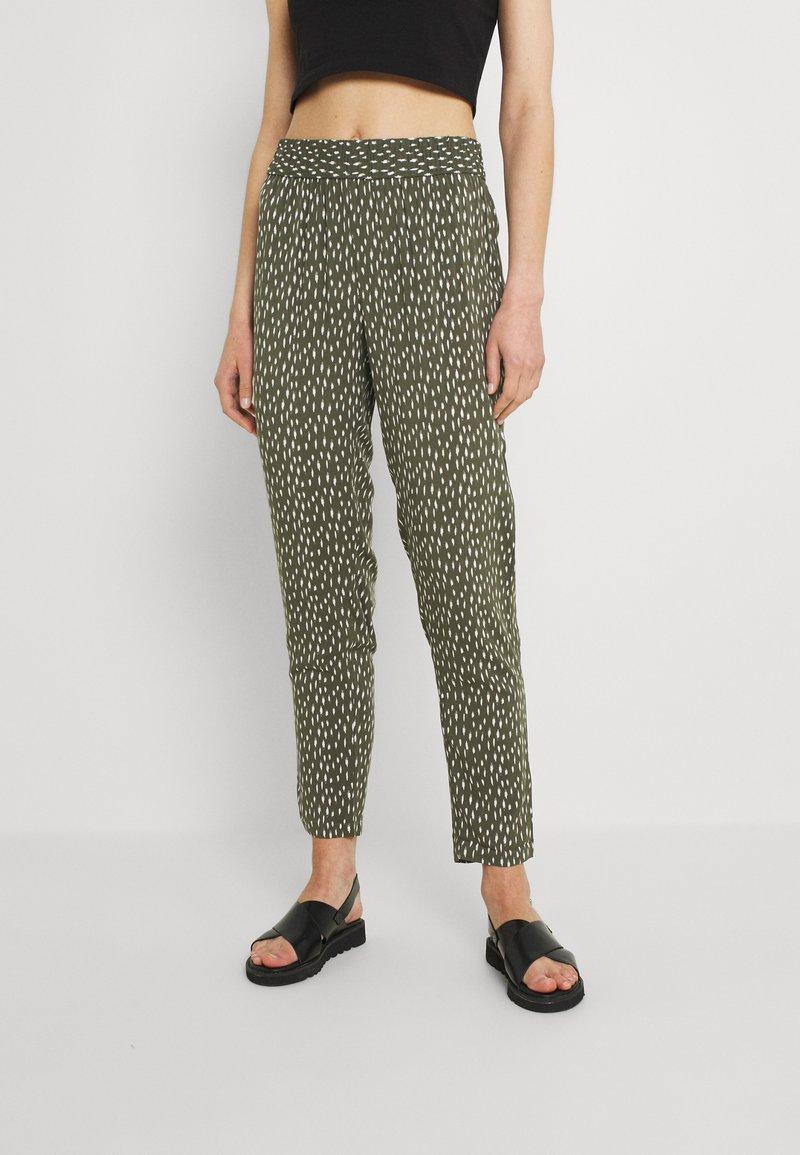 JDY - JDYSTAAR  - Pantalon classique - beetle/cement