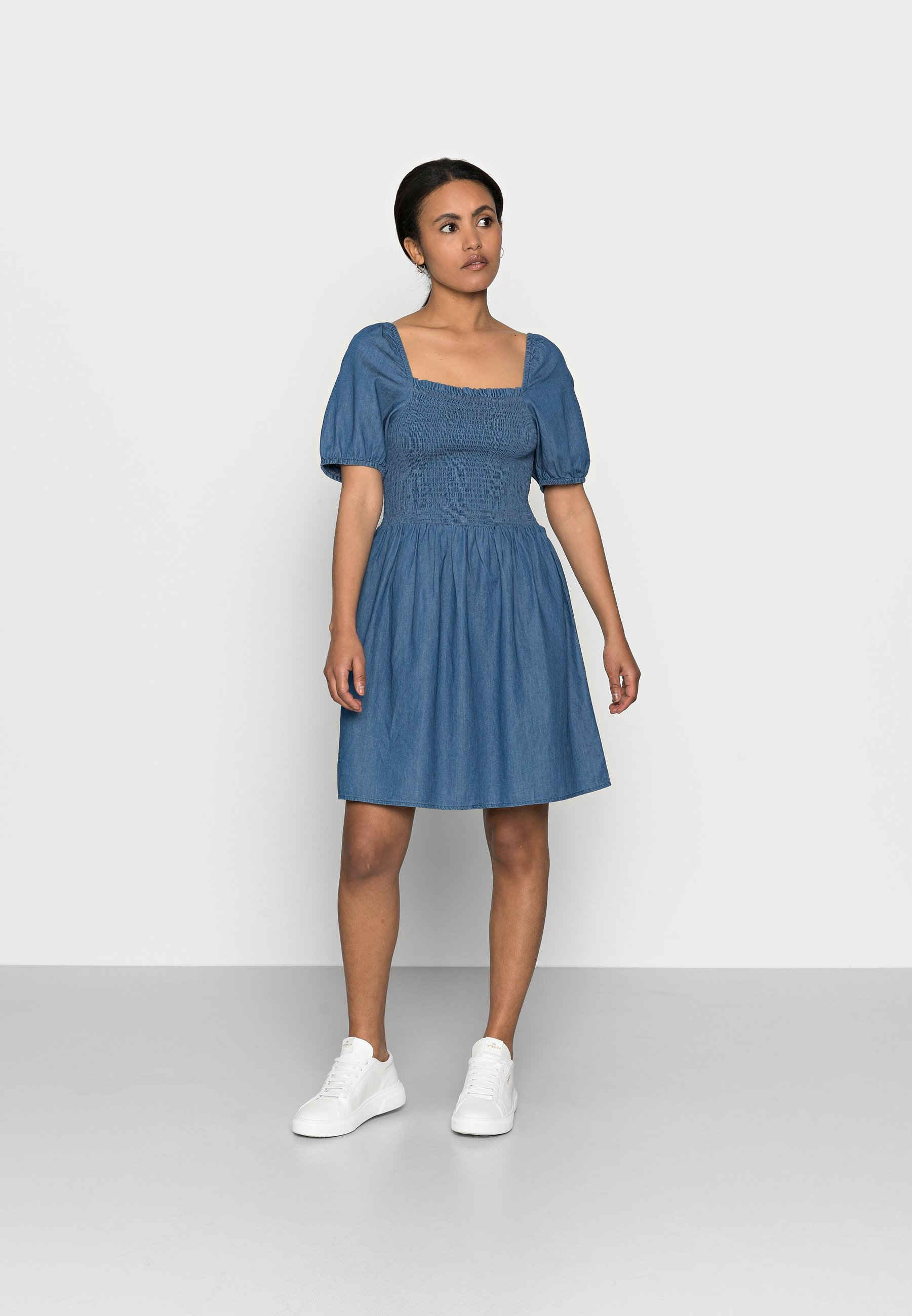 Women PCTAYLA OFF SHOULDER DRESS - Day dress