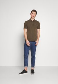 Napapijri - ELBAS - Polo shirt - green way - 1