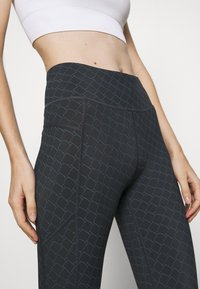 Sweaty Betty - GRAVITY 7/8 RUNNING LEGGINGS - Leggings - black - 6