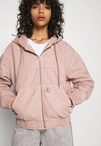 BDG Urban Outfitters - SKATE HOOD JACKET - Light jacket - pink - 7