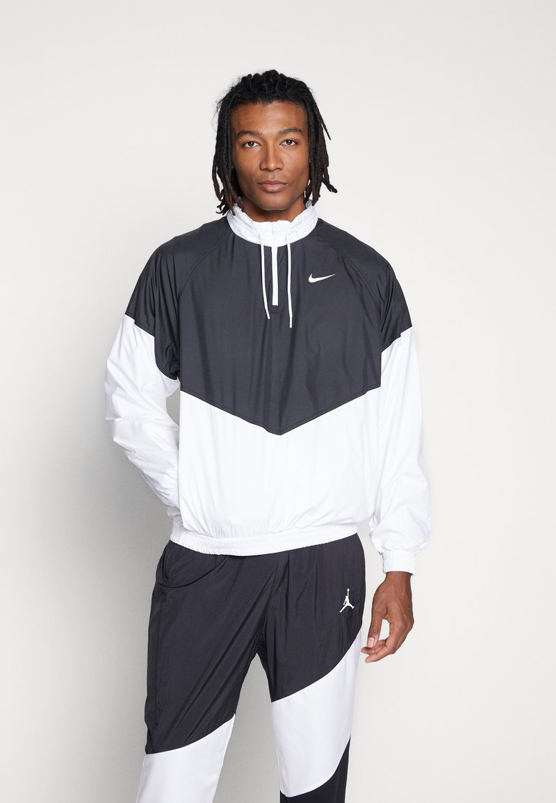 Nike SB - SHIELD SEASONAL - Kurtka sportowa - black/white