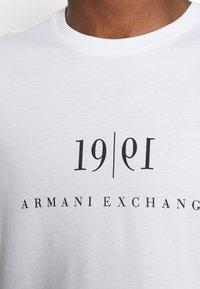 Armani Exchange - Print T-shirt - white - 4