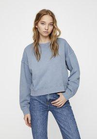 PULL&BEAR - MIT LANGEN ÄRMELN - Sweatshirt - blue - 3