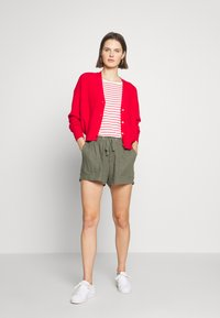 GAP - PULL ON UTILITY SOLID - Shorts - greenway - 1