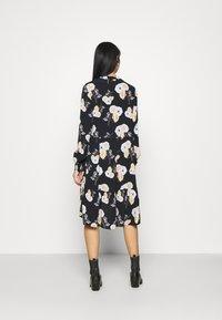 Pieces - PCNADI DRESS  - Denní šaty - black - 2