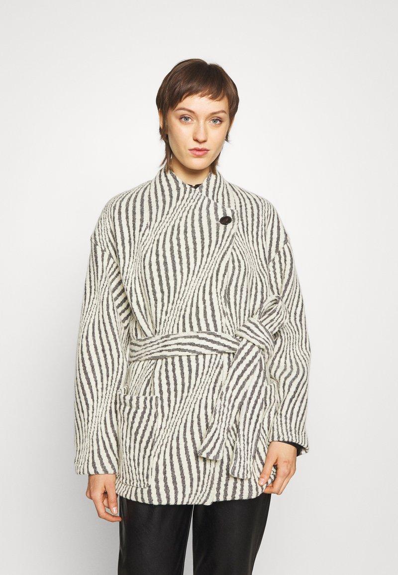 Iro - JENM - Short coat - ecru