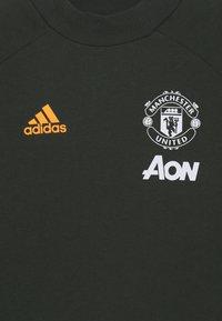 adidas Performance - MANCHESTER UNITED FOOTBALL SHORT SLEEVE - Klubové oblečení - legear - 2