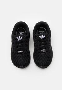adidas Originals - ZX FLUX UNISEX - Trainers - core black - 3