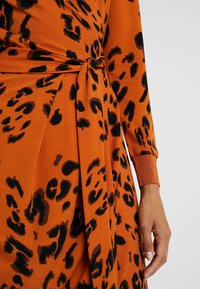 InWear - DRESS - Robe en jersey - rust - 4
