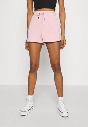 Short - pink glaze/white