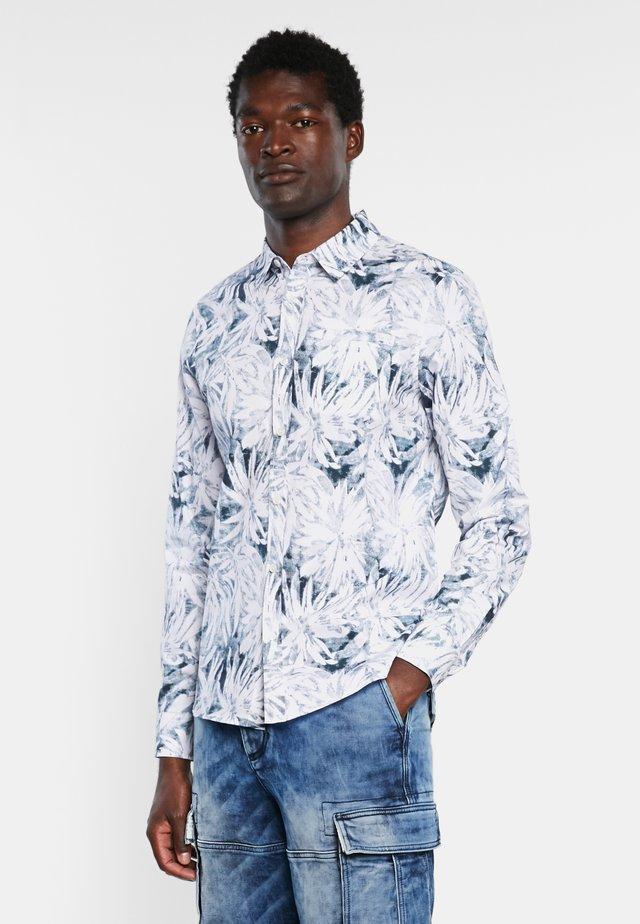 AGNELO - Overhemd - white