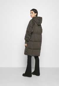YAS - YASSOLEA JACKET - Down coat - black olive - 2
