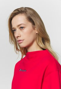 Champion - HIGH NECK ROCHESTER - Sudadera - red - 4