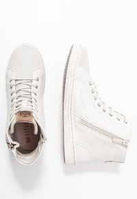 Mustang - High-top trainers - ice - 3