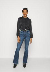 Gina Tricot - MEJA - Flared Jeans - midnight blue - 1