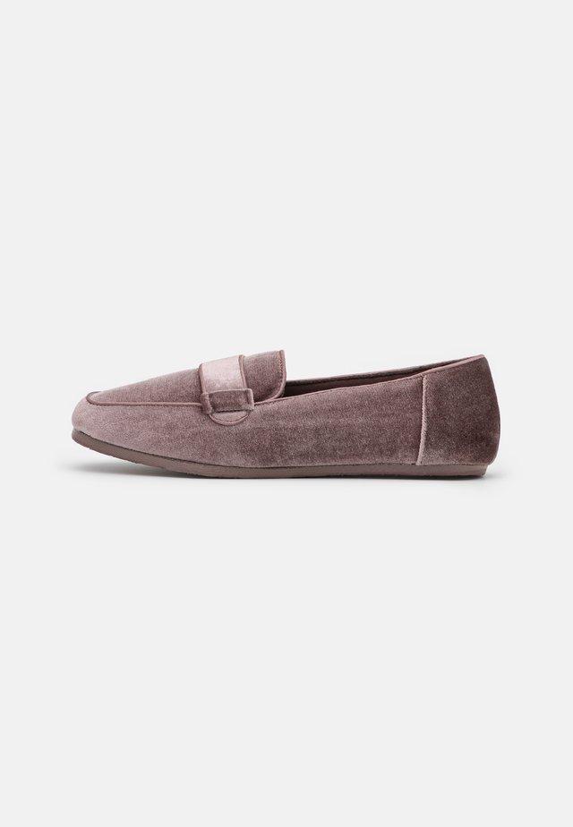 Pantofole - dark pink