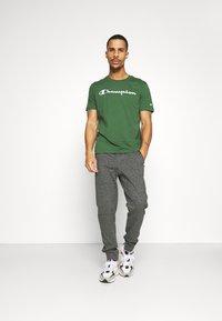 Champion - 2PACK CREW NECK - T-shirt print - grey - 0