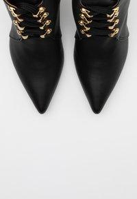 L37 - BULLETPROOF PLUS - Lace-up ankle boots - black - 5