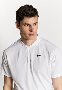 Nike Golf - DRY VICTORY - Sports shirt - white/black - 3