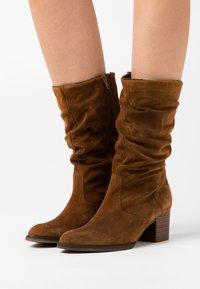Gabor Comfort - Boots - cognac - 0