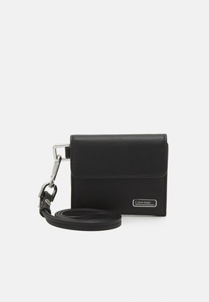 WEARABLE HOLDER - Wallet - black