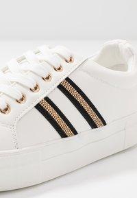 New Look - MONOTONE - Trainers - white - 2