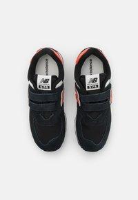 New Balance - PV574ML2 UNISEX - Trainers - black - 3