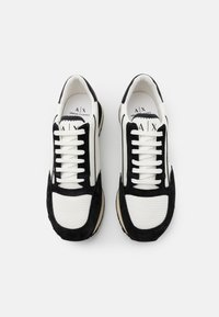 Armani Exchange - OSAKA  - Sneakers basse - white/black - 3