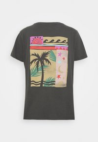 Billabong - ISLE OF COLLAGE - T-shirts med print - off black - 1