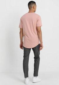Only & Sons - ONSMATT - T-shirt - bas - misty rose - 2