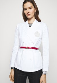 Lauren Ralph Lauren - CROC EMBOSS - Pásek - candy red/black - 0