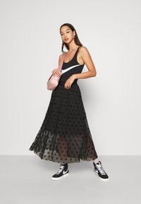 Nike Sportswear - Top - black/white - 1