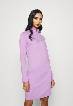 ZIP JUMPER DRESS - Robe fourreau - lilac
