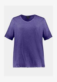 Ulla Popken - Basic T-shirt - ultraviolett - 1