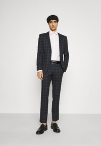 Ben Sherman Tailoring - CHECK SUIT - Kostym - navy - 1