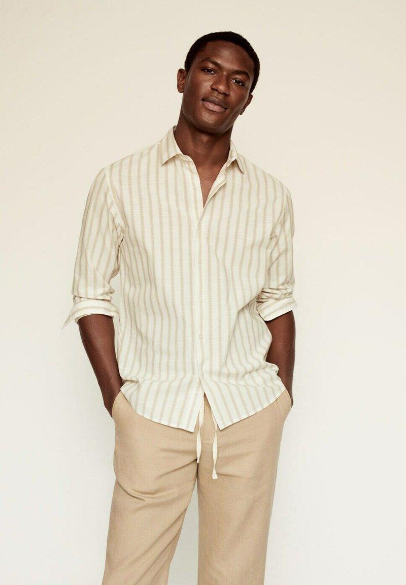 Mango - RILEY - Camisa - beige