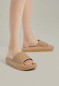 OYSHO - Pantofle - brown - 0